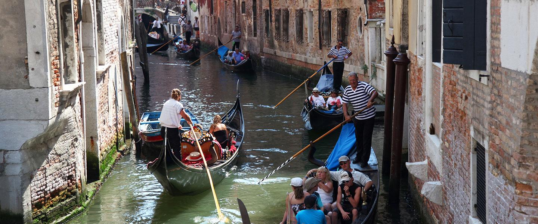 Tour in gondola sul Canal Grande